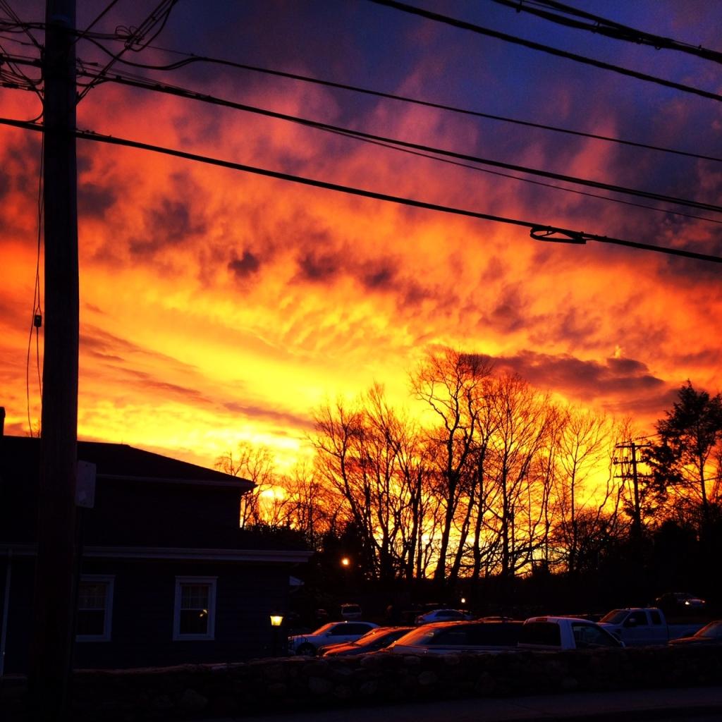 Image - Sunset notices something odd after waking up EG4
